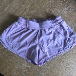 lululemon athletica Shorts - Hotty hot short